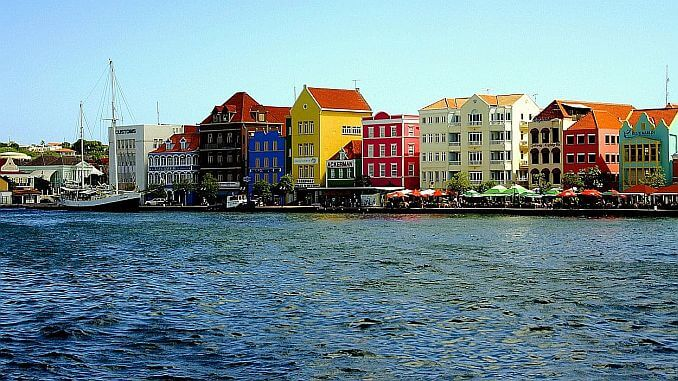 Curacao Erfahrungen: Willemstad und seine bunten Häuser