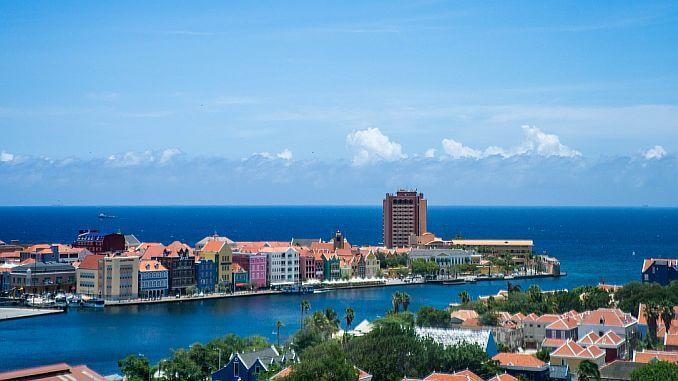 Ausblick auf Curacao und die Hauptstadt Willemstad